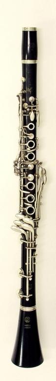 Clarinet. Nominal pitch: B♭ (Selmer) : TOP