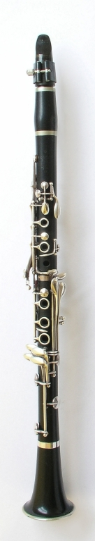 Clarinet. Nominal pitch: B♭ (Hawkes & Son) : TOP
