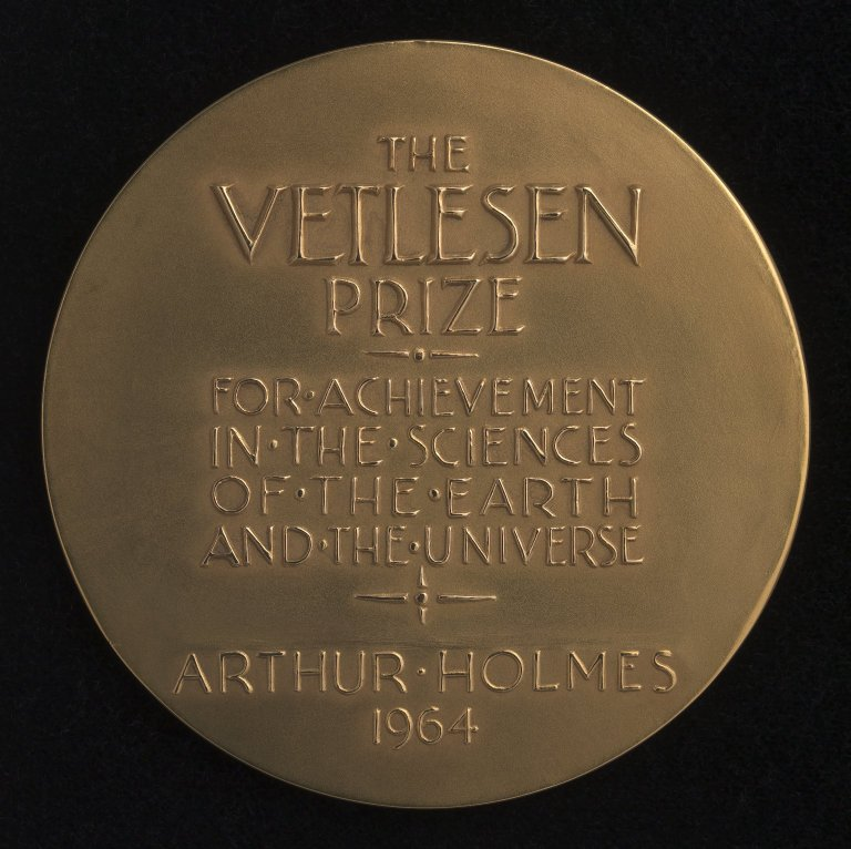 Arthur Holmes Geology Medals, Verso