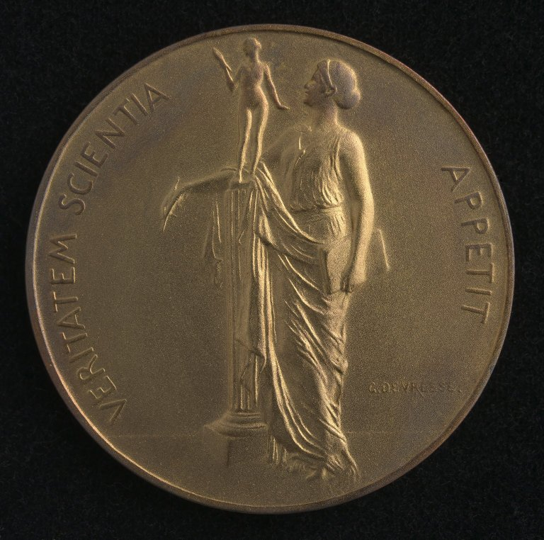 Arthur Holmes Geology Medals, Recto