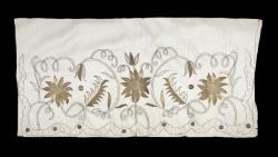 Queen Anne apron