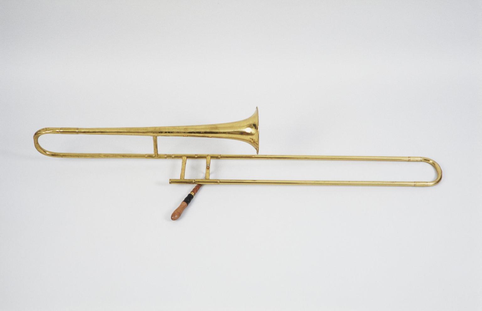 English slide trumpet, nominal pitch: F etc